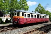 Na koleje v Praze vyrazily výletní vlaky.