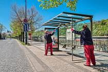 Městský mobiliář spravovaný JCDecaux.