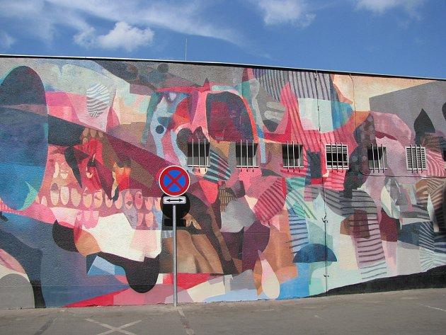 Nástěnná malba v ulici Za Poříčskou bránou.