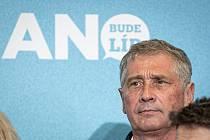 Ivo Vondrák na tiskové konferenci v sídle ANO, 9. října 2021 v Praze.