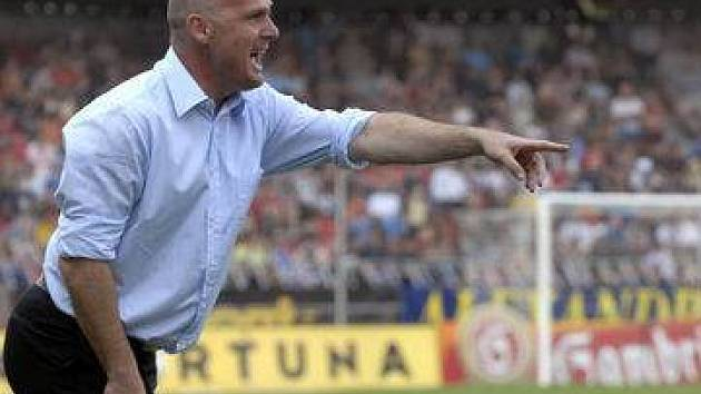 Sparťanský kouč Michal Bílek chce v Leverkusenu vyhrát.