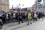 Pochod fanoušků na koncert Marpa a jeho TroubleGangu v O2 areně.