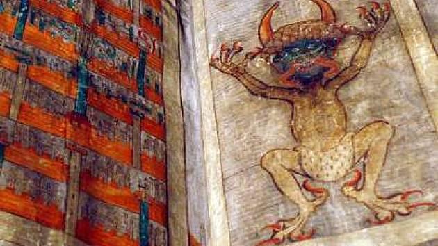 Ďáblova bible - Codex gigas vážící 75 kilogramů a měří 900 krát 505 milimetrů.
