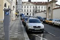 Parkovací kartu za 700 Kč si budou moci koupit starostové všech 57 městských částí a 70 zastupitelů./Ilustrační foto