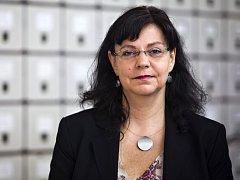 K neziskovým organizacím měla ministryně práce a sociálních věcí Michaela Marksová blízko už v devadesátých letech, kdy pracovala v Gender Studies organizaci zabývající se postavením mužů a žen ve společnosti.