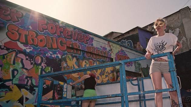 Girl Power je dokumentární film, který představí graffiti writerky z patnácti měst světa od Prahy, přes Moskvu, Kapské Město, Sydney, Biel, Madrid, Berlín, Toulouse, Barcelonu až po New York.
