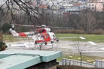 V neděli 21. února se Martinu Stehlíkovi zachytithelikoptéru PZL-W3A Sokol na heliportu Vinohradské nemocnice v Praze.