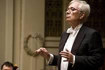 Česká dirigentská legenda Libor Pešek se opět postaví před Symfonický orchestr hlavního města Prahy. Poprvé před ním přitom stanul již v roce 1956.