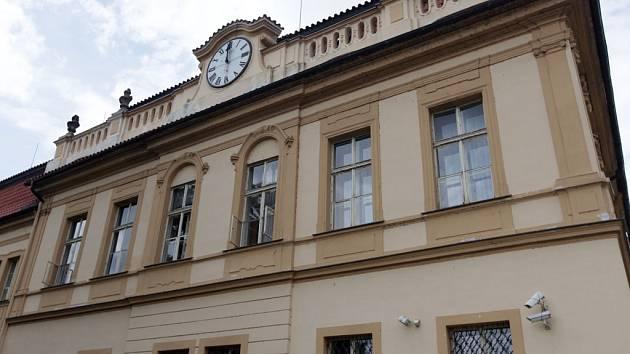 b107940c0 Luxusní nabídka ODS v Praze 8. Hnutí Osmička žije a Piráti ji zatím ...