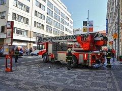 Požár kanceláří v Lazarské ul.