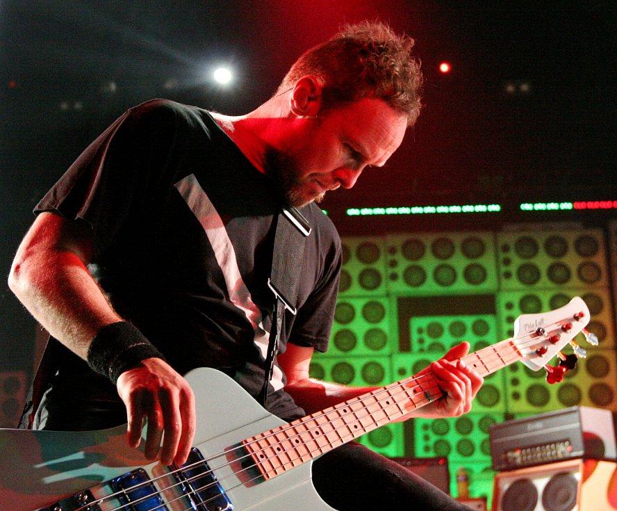 Američtí rockeři Pearl Jam zahráli v pondělí 2.července v O2 Areně.