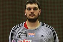 Brankář Tomáš Petržela.