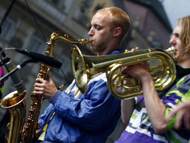 Dánská skupina Magnus fra Gaarden zahájila 12. července 2009 na Staroměstkém náměstí v Praze sérii koncertů v rámci Bohemia jazz festivalu.