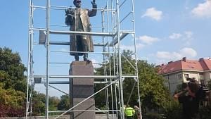Socha maršála Koněva je opět odhalena