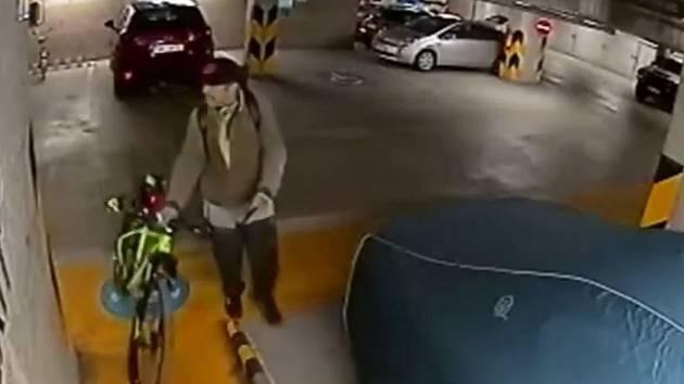 Krádež kola.
