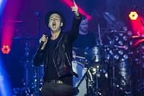 Americká kapela OneRepublic v čele s charismatickým zpěvákem a skladatelem Ryanem Tedderem