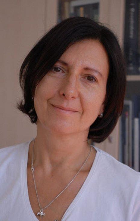 Profesorka Martina Vašáková, přednostka pneumologické kliniky v Thomayerově nemocnici.