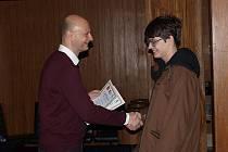 Radní Jaroslav Míth předal dětem ocenění