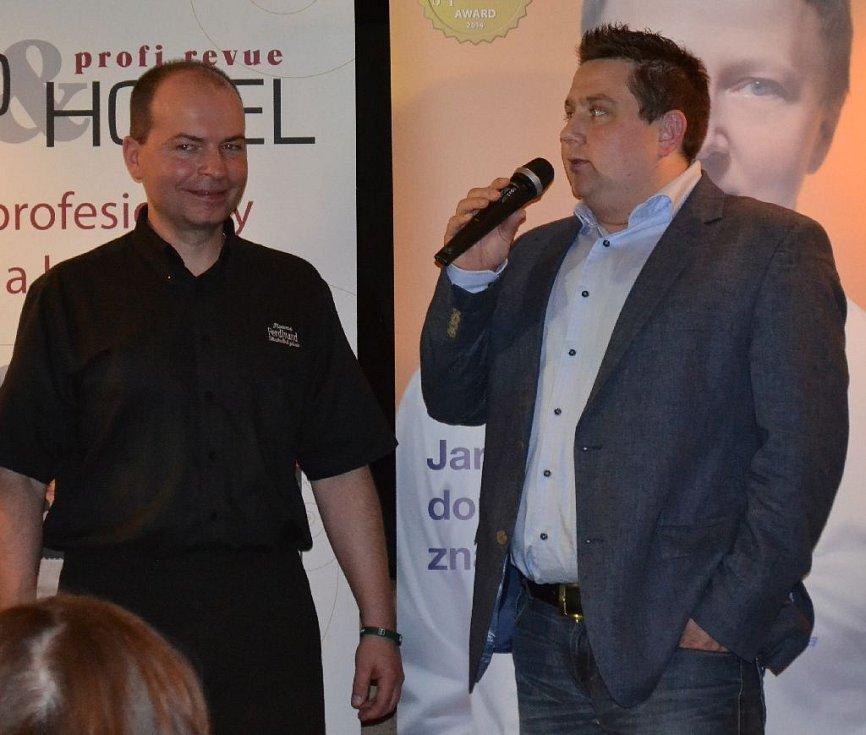 Ze slavnostní vyhlášení 2. ročníku ankety Zlatý kuchař. Uskutečnilo se v Restaurantu a Café AvantGarde v pražských Dejvicích.