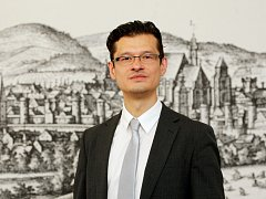 Osamu Okamura.
