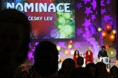 V pražském kině Lucerna byly při slavnostním večeru vyhlášeny nominace na České lvy za rok 2008. Lvím nominacím vládne trojlístek Tobruk, Karamazovi a Venkovský učitel. Celým večerem provázely Ester Kočičková a Iva Pazderková.