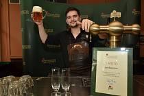 Posledních 5 finalistů ve čtvrtek vybrala porota z nejlepších tuzemských výčepních, jenž ve čtvrtek 18. června poměřili své síly v pražském regionálním kole desátého ročníku soutěže Pilsner Urquell Master Bartender