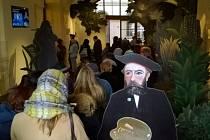 Fronta lidí stála na výstavu francouzského malíře Henriho Rousseaua v neděli 15. ledna.