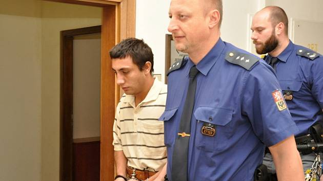 Z brutální vraždy obžalovaný Michal Kováč u Krajského soudu v Praze.