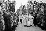 Procesí. Oslavy založení benediktinského kláštera v roce 1939.