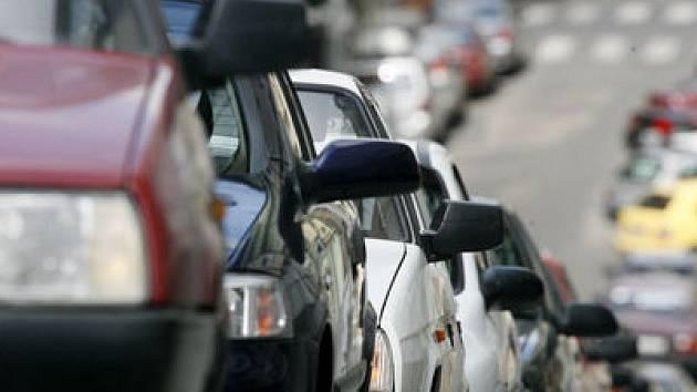 PODLE MAGISTRÁTU. Parkovací zóna v Letňanech bude nakonec fungovat podle stejných pravidel jako ty v centru.