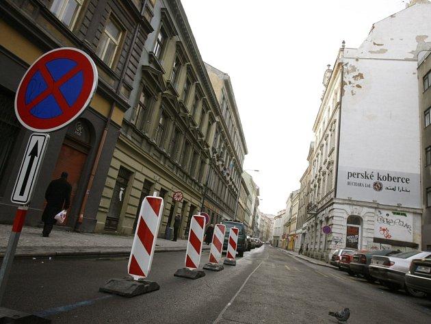 Ilustrační foto. Soukenická ulice v Praze.