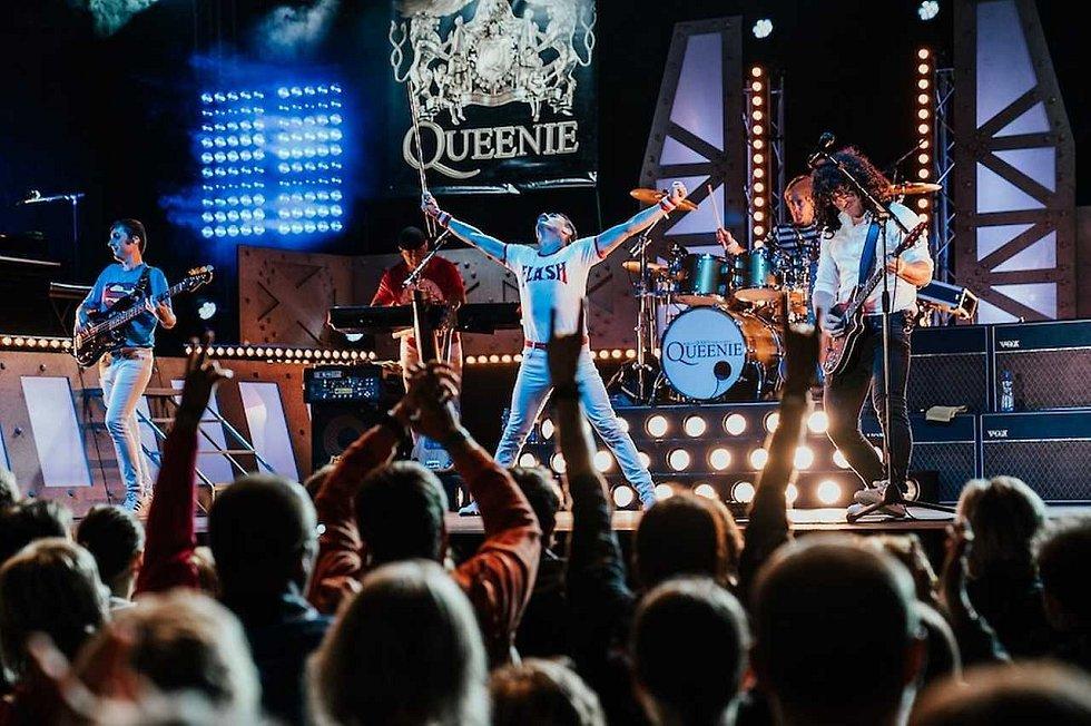 Queenie chystají originální a jedinečný přenos svého koncertu.