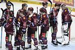 Hokejisté Sparty se radují z vítězství