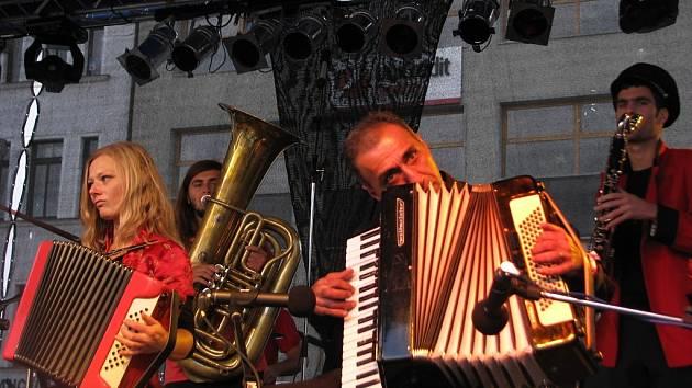 Allstar Refjúdží Band.