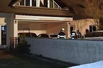 Požár v rodinném domě v Třebotově v okrese Praha-západ.