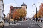 Praha připravuje proměnu centra v oblasti kolem Karlova mostu. Na snímku je zastávka Karlovy lázně.