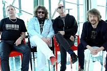 Oblíbenou kapelu J.A.R. dnes čeká druhý ze série tří koncertů v řadě v branických Ledárnách.