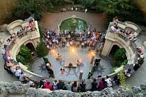 Letní divadlo v Grébovce v pátek nabízí hru Traktát o lásce.