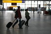 VÍTEJTE V PRAZE! Dobrá zpráva, předražené ceny na pražském letišti by se mohly stát minulostí.
