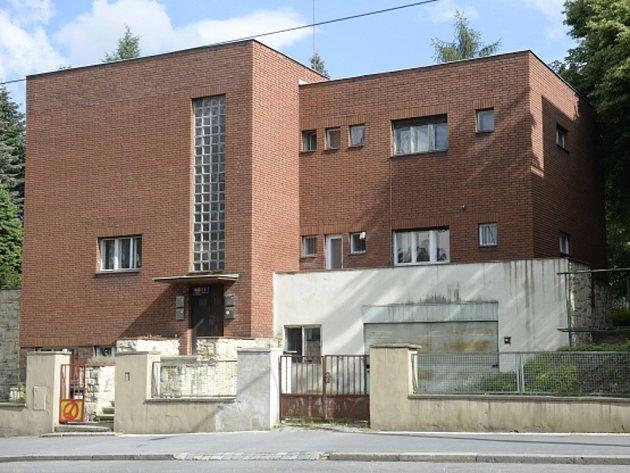 Vila v ulici Na Petřinách.