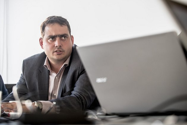 Petr Dolínek se účastnil 16. října on-line rozhovoru v Pražském deníku.