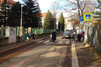Praha 8 chce zvýšit bezpečnost v okolí ZŠ a MŠ U Školské zahrady.