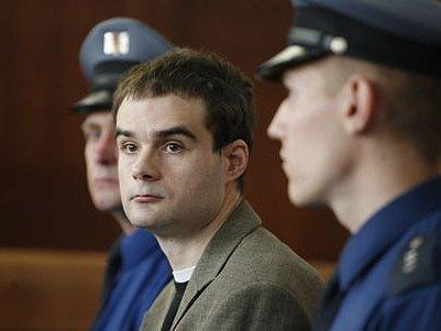 TEROR TRVAL DVA ROKY. Petr Hanuš u soudu.