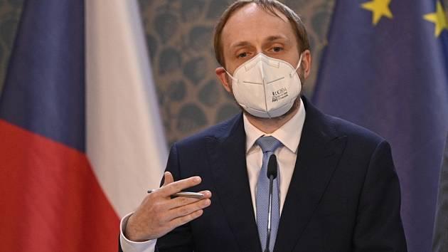 Ministr zahraničí Jakub Kulhánek.