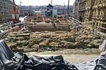 Průběh rekonstrukce Negrelliho viaduktu.