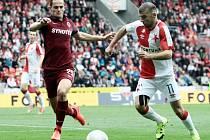 Zápas 8. kola fotbalové Synot ligy – SK Slavia Praha : AC Sparta Praha (1:0) na stadionu v Edenu 27. září.