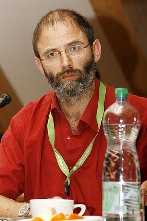 Poté, co předseda kontrolního výboru Ondřej Velek (na snímku) navrhl odvolání dvou svých kolegů, podal starosta Jančík protinávrh - odvolání všech členů kontrolního výboru.
