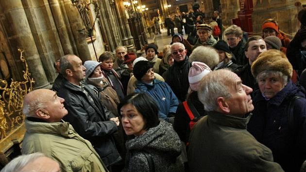 Komentovaná prohlídka Katedrály sv. Víta, Svatováclavské kaple a hrobky českých králů se konala 14. února ve svatovítském chrámu na Pražském hradě.