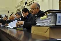 """Kauzou kolem údajně předražené """"karty Pražana"""" opencard se zabývá pražský městský soud."""