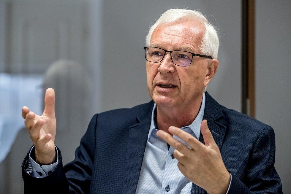 Kandidát na prezidenta Jiří Drahoš poskytl 22. srpna v Praze rozhovor Deníku.